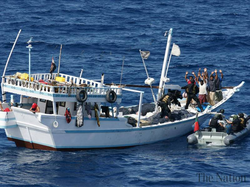 iranian-ship-crew-escape-after-5-months-in-captivity-1440795377-8312
